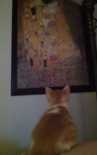 Kizzme Appreciating Fine Art -- A Kissable Moment with Kizzme's Kiss for You.